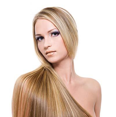 ストレートヘアが綺麗な女性の画像